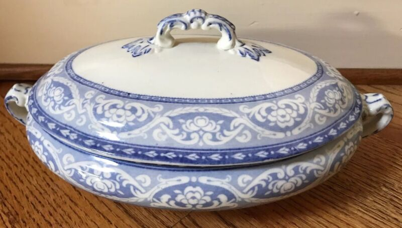 OLYMPIC Ceramic Art Co CROWN POTTERY Stoke On Trent TUREEN Oval Lid Blue White