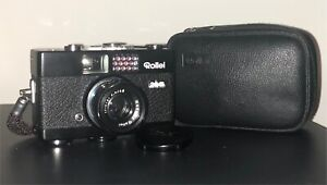 MINT ! Black Rollei  35B with its original pouch and strap