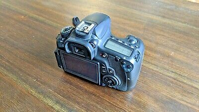 Canon EOS 60D DSLR Camera - Black (Body Only) + 3 batteries and bag