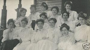 VINTAGE-ANTIQUE-FUNNY-DAISIES-DAISY-HAIRDO-EDWARDIAN-LADIES-OLD-DRESSES-PHOTO
