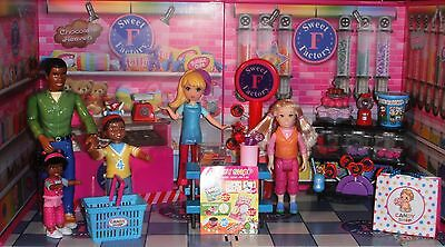 Its a Dolls World Afterall