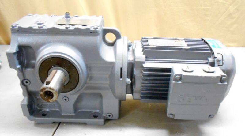 Sew Euro-Drive DRE80M4 Motor 1HP 3 Phase Sew Gear Box S67DRE80M4 106.75 Ratio