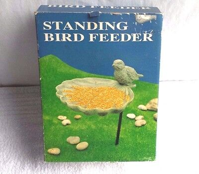 STANDING BIRD FEEDER  /  NEW