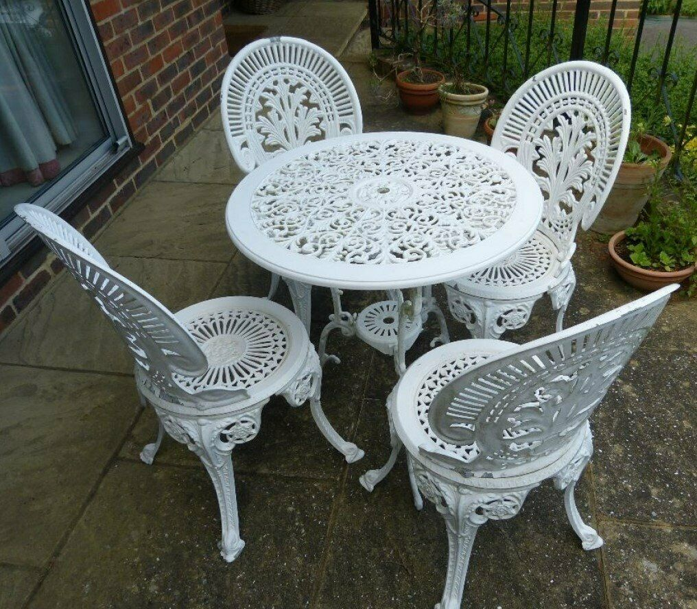 Garden Table Amp 4 Chairs Amp Loveseat All With Floral Seat