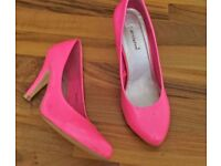 Ladies Pink Neon Stiletto Heeled Shoes Size 5