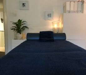 Male Masseur for Female Clients giving beautiful Full Body Massage