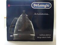 Brand New DeLonghi Brillante stylish kettle in black