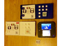 Nintendo 2DS - Blue with 4 games; pokomom moon/alfa sapphire, mario kart 7 & Zelda