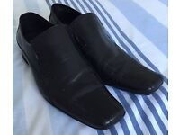 Sole Dress Shoes Size 9 - £10