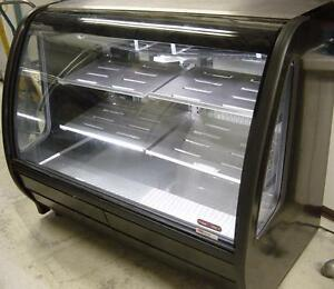 5 FEET PASTRY OR DELI COOLER ( EXCELLENT CONDITION )