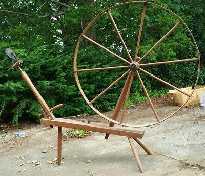 Primitives - Antique Spinning Wheel