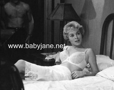 042 PSYCHO JANET LEIGH IN BRA & JOHN GAVIN BODY PHOTO