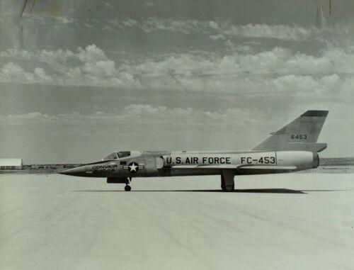 "Vintage Original Convair F-106A Co Delta U.S. Military 8"" X 10"" Photo Scarce! C1"
