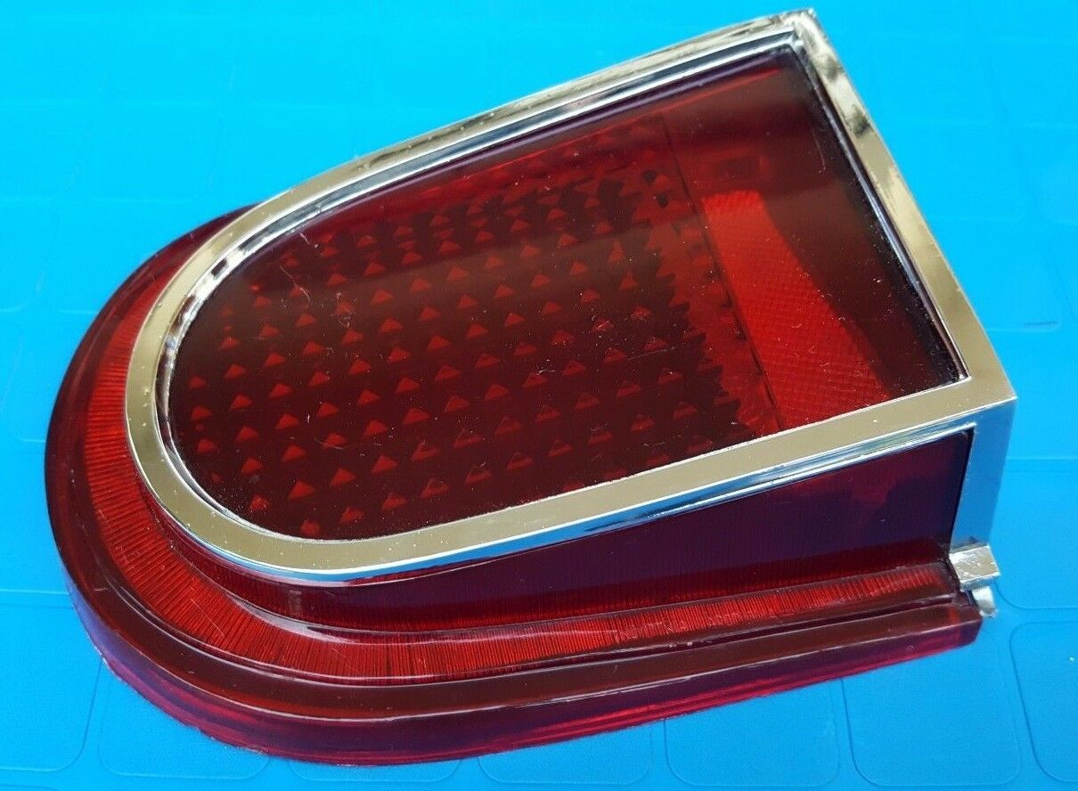 66 Dodge Dart 170 270 GT NOS tail lamp taillight lens 1966 Dodge Valiant right