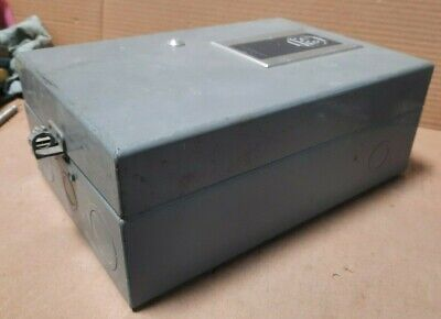 Allen Bradley Nema Type 2 Enclosure 11 X 6-58 X 4-14  S8b
