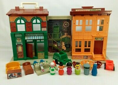 Fisher Price Little People #938 Sesame Street Play Family Bert Ernie Oscar Susan