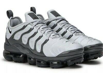 Air Vapormax Plus Wolf Grey Uk Size 12 Eu 47.5 Men's Trainers 924453 016