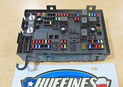 New OEM Fuse Block - 2012 Express/Savana 4.3L, 4.8L, 5.3L, 6.0L (22741866)
