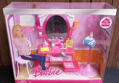 Vanity Set for Barbie Doll My House Furniture Dream House Happy Family