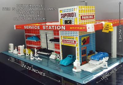 1959~MINT IN UNOPENED BOX-OSS~T. Cohn/Bramberger~ SUPERIOR METAL SERVICE STATION