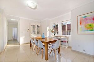 Freedom 8 seater dining table Burwood Heights Burwood Area Preview