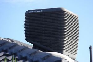 Breeze Air Evaporate Cooling EZH215-G - (Only 6 Years Old) Wantirna South Knox Area Preview
