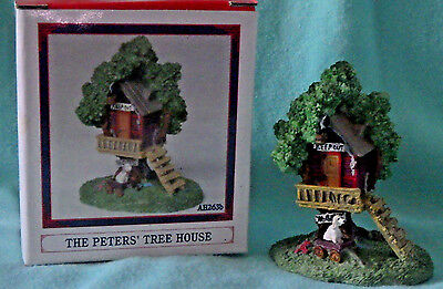 """LIBERTY FALLS~NO PAPER """"PETERS TREE HOUSE"""" CHRISTMAS WESTERN SNOW VILLAGE FIGURE"""