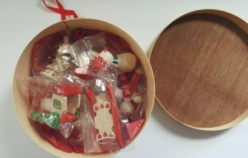 Vintage Wood Christmas Ornaments and Box - New/Sealed