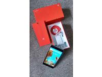 OnePlus Two ! Unlocked, Dual SIM @ 4GB RAM/ Octa Core Processor/ 64Gb storage/13mpx camera /5.5inch