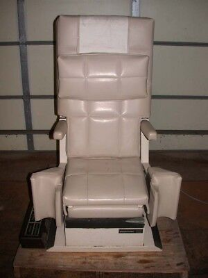 Midmark 115 Medical Obgyn Exam Table Chair With Foot Control Very Clean