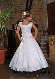 white 1st Holy Communion Party Girl Dress 7-9 yrs,white handbag, white shoes size 2,white hair band