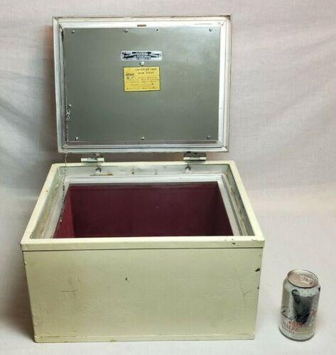 OLD VINTAGE MEILINK STEEL STRONG BOX FIRE PROOF SAFE RAIROAD BANK STRONGBOX !!!