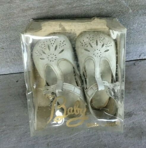 Vintage Pair of White Baby Shoes in the Original Box