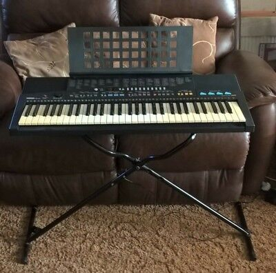 Yamaha PSR 310 Keyboard & stand, excellent fully working condition, hardly used