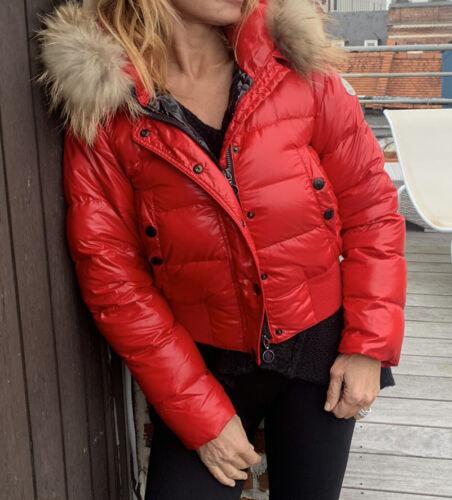 Superbe doudoune moncler rouge model alpin rare taille 00 = 34 36