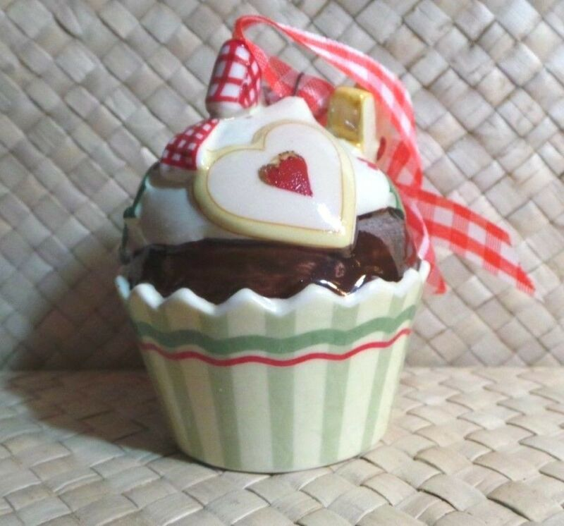 Cupcake Christmas Ornament, Villeroy & Boch 1748, Ceramic Holiday Collectible