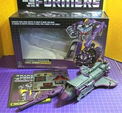 Transformers reissue ASTROTRAIN CUSTOM in E-HOBBY G1 colors - ehobby re-issue