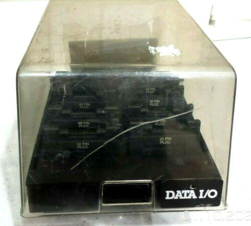 Data I/O 3900 PLCC 39BASE-0201 Programmer Carrier and Adapter set