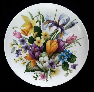 KAISER W GERMANY 7 ⅝ inch - Spring flowers  - Wall Plate