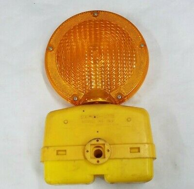 Empco-lite Model 100 Construction Barricade Yellow Caution Warning Flasher Light