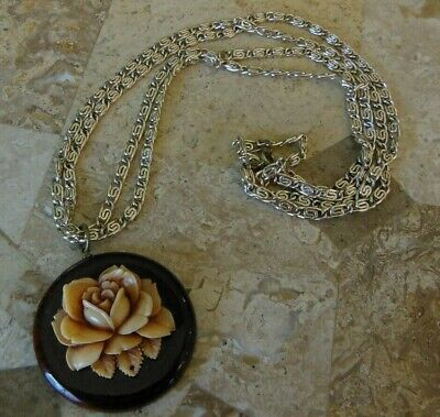 Celluloid or Early Plastic Molded Flower Necklace Wood Silver Tone Vintage - Plastic Flower Necklace