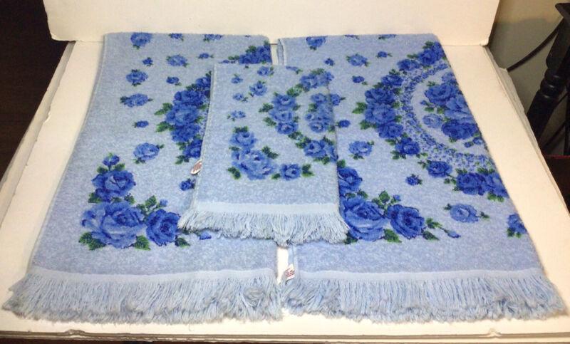 Cannon Fringed Towels Blue Floral 2 Bath Towels 1 Hand Towel Vtg