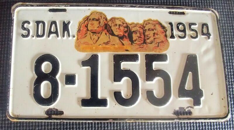 Vintage 1954 South Dakota License Plate # 8-1554 - Mount Rushmore Decal Nice