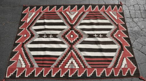 """Exceptional Antique Navajo Rug; Third Phase Chiefs Blanket w-Crosses  84"""" x 58"""""""
