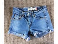 Levi's denim shorts size xs