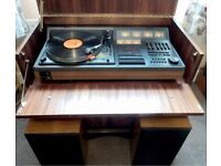 Vintage Hitachi Music Centre SDT 400 (Record player/Cassette/Radio Speakers+ Cabinet .All Ex cond