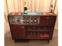 G Plan Sideboard - Cocktail Bar - China Cabinet - Display Unit Retro / Vintage - Teak