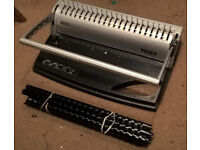 Texet CB10 Comb Binder with A4 combs