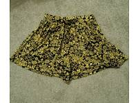 Ladies Shorts - Size 8