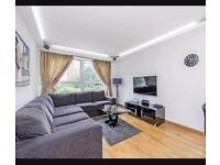 1 small double and 1 single bedroom available in Southfields, South West London
